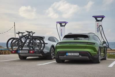 Porsche Taycan Cross Turismo 2021 (10)
