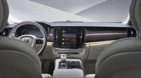 Volvo S90_Android (1)
