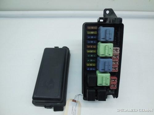 small resolution of 05 06 07 08 mini cooper s convertible fuse box 6906614 broken clip on