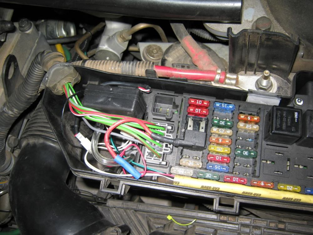 medium resolution of 2004 volvo s40 fuse box diagram