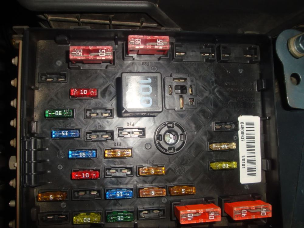 medium resolution of 2006 vw passat fuse box diagram
