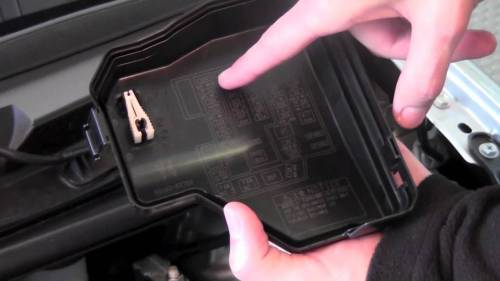 small resolution of 2008 toyota yaris fuse box location