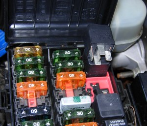 01 F150 Cruisecontrol Fuse Box | Wiring Library