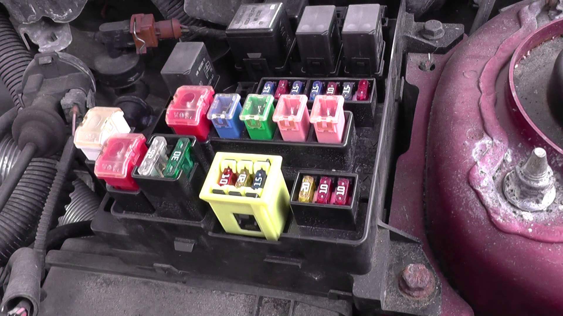 hight resolution of volvo s40 fuse relay box location video youtube