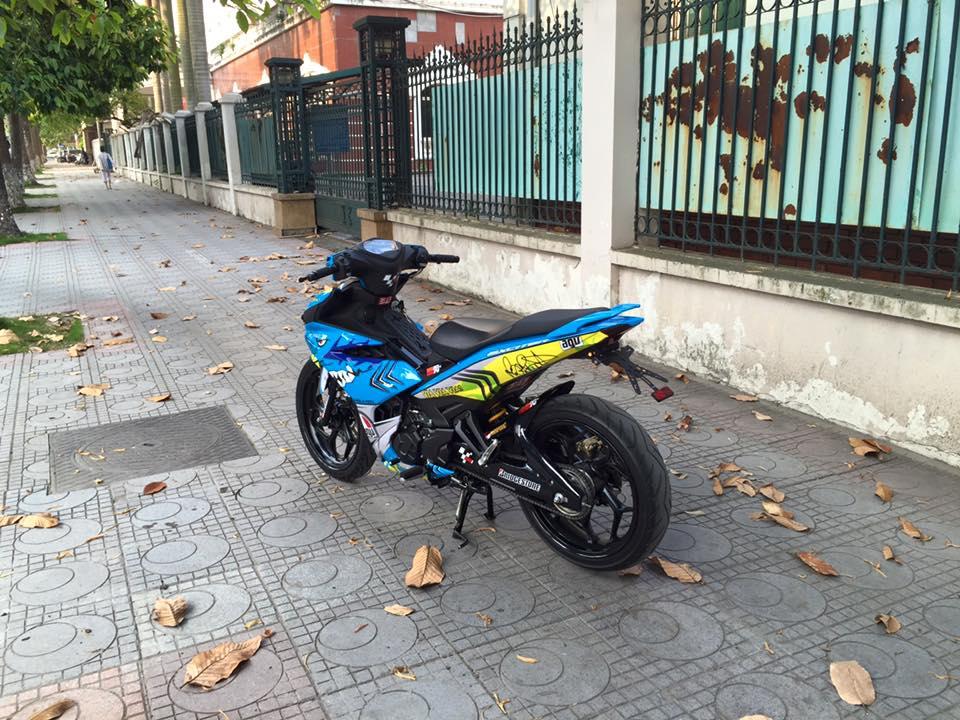 Modifikasi Jupiter MX King Livery Helm AGV Valentino Rossi