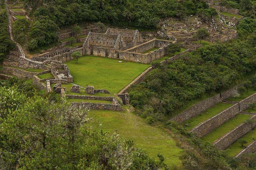 Чокекирао руины древнего города инков в Священной долине