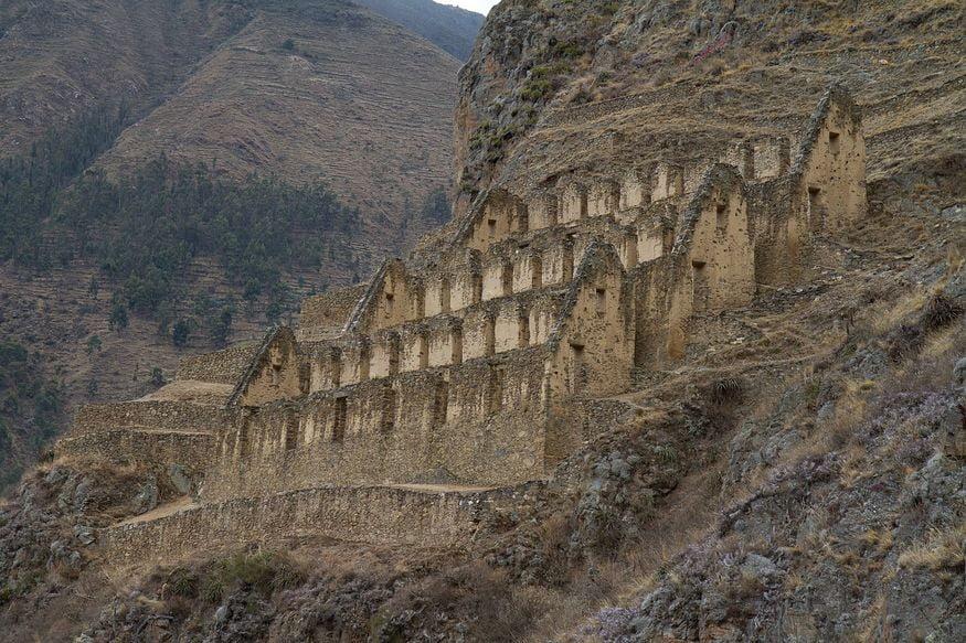 Что посмотреть в Ольянтайтамбо Ollantaytambo - руины на склоне холмов