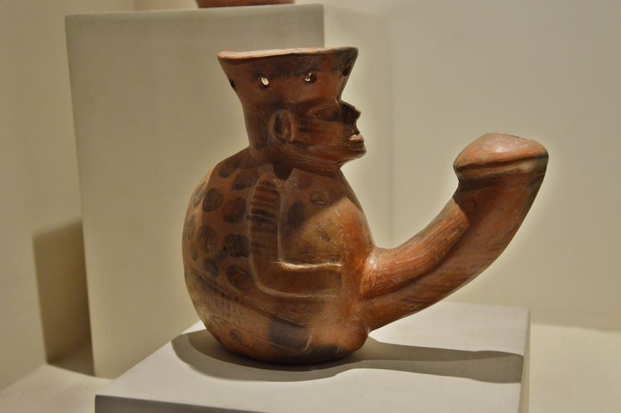 Эротическая керамика в музее Ларко