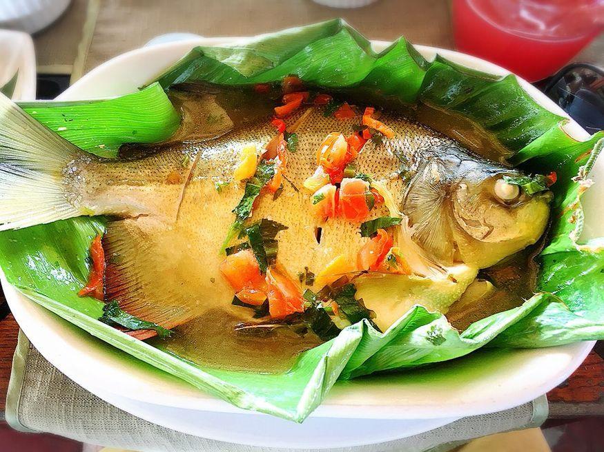 Рыба запеченная в банановых листьях Кухня Амазонки