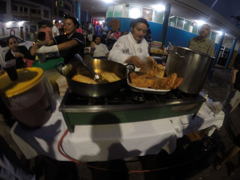 Ночной рынок в Пуэрто Айора