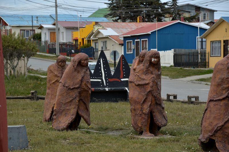 Памятник индейцам в Порвенире