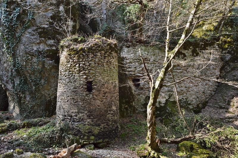 крепость каньон биртвиси