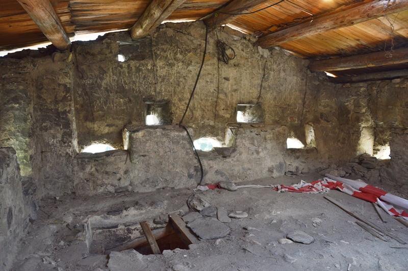 сванская башня внутри