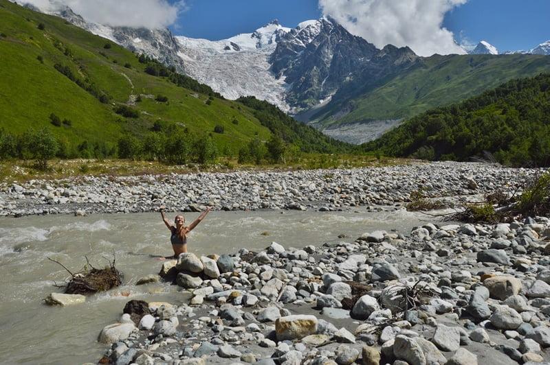 ледниковая река Адишчала
