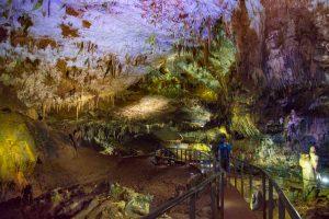 экскурсия в пещеру прометея