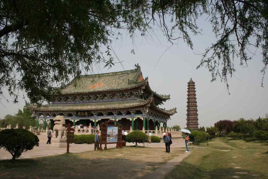 Железная пагода Кайфын