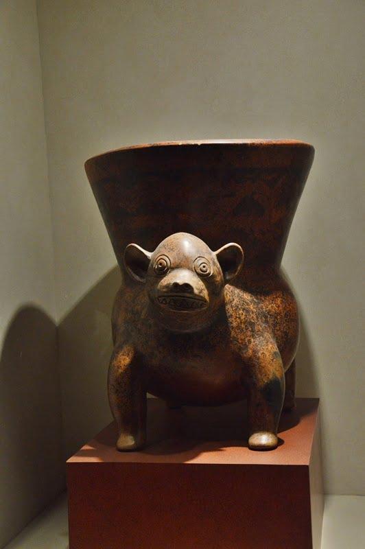 керамический сосуд музей в Мехико