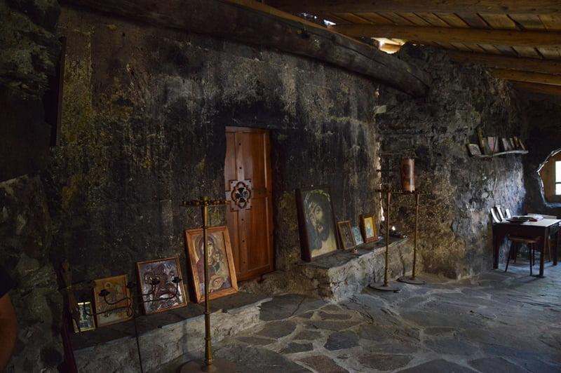 Храм в Лагами