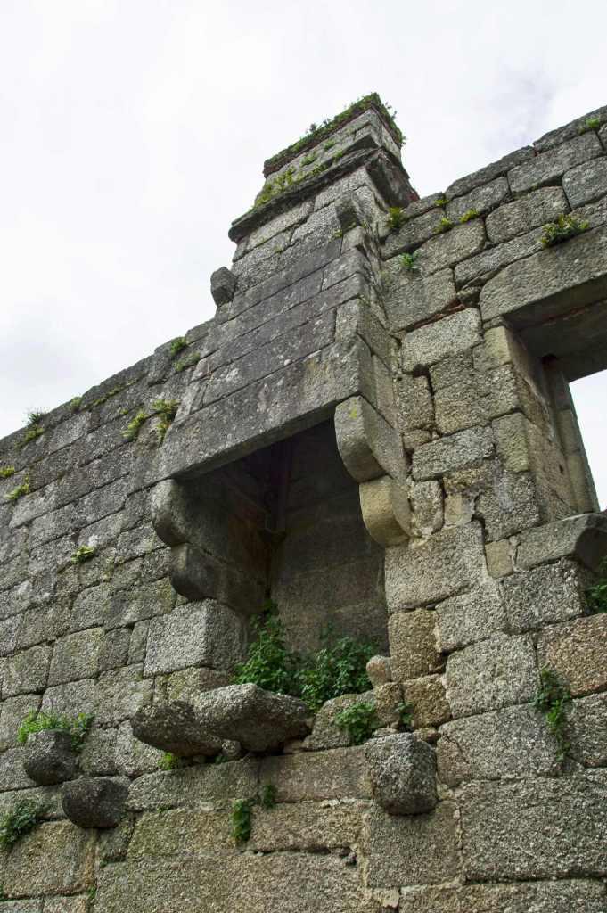 Древняя постройка
