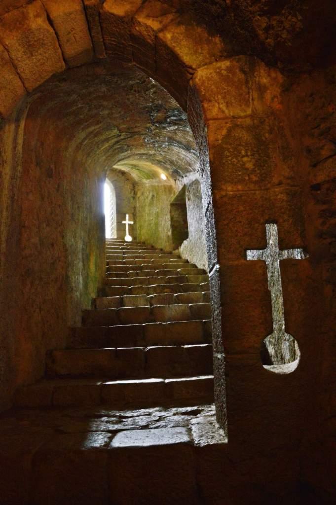 Лестница ведущая в подземелье