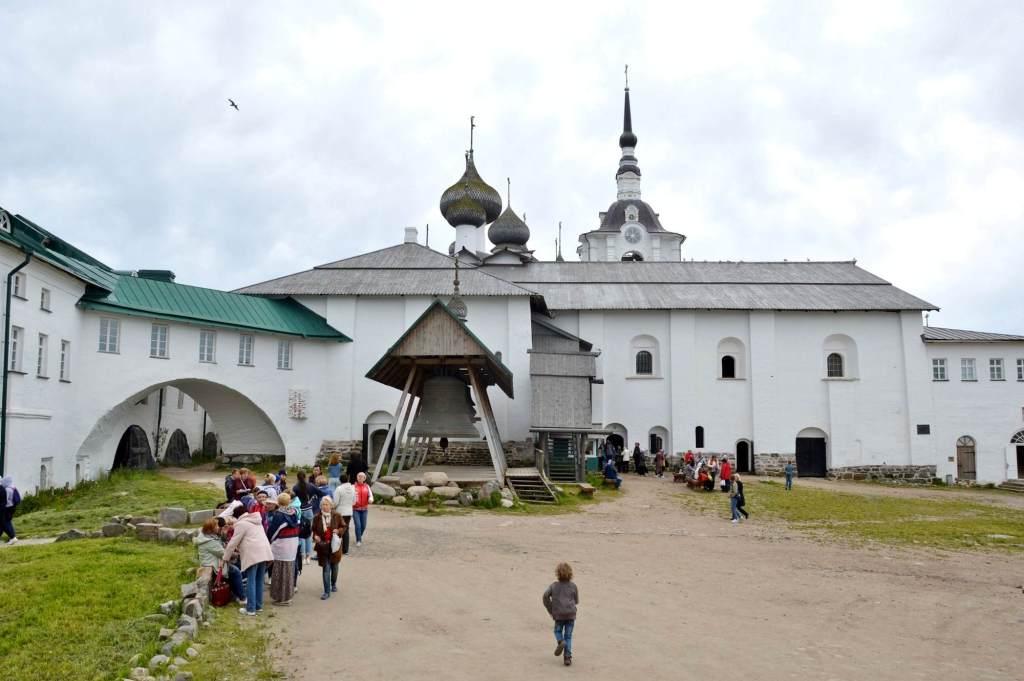 Внутренний двор монастыря на Соловках