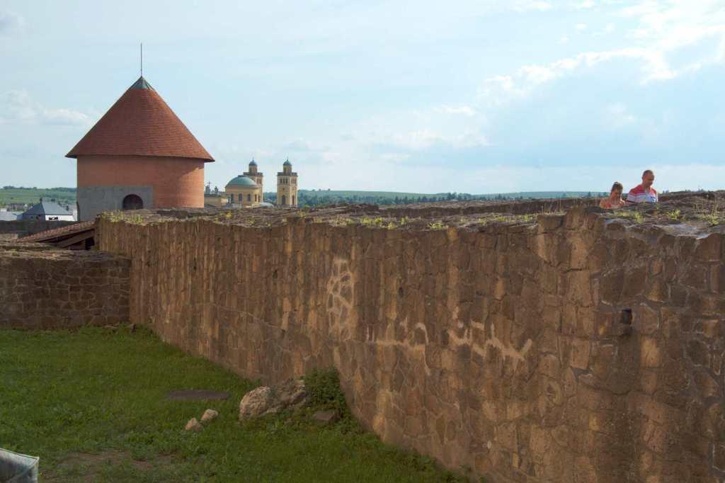 Крепостная стена - Эгер