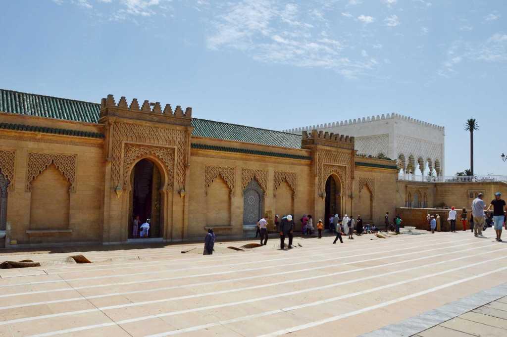 Вход в мавзолей Мухаммеда Пятого