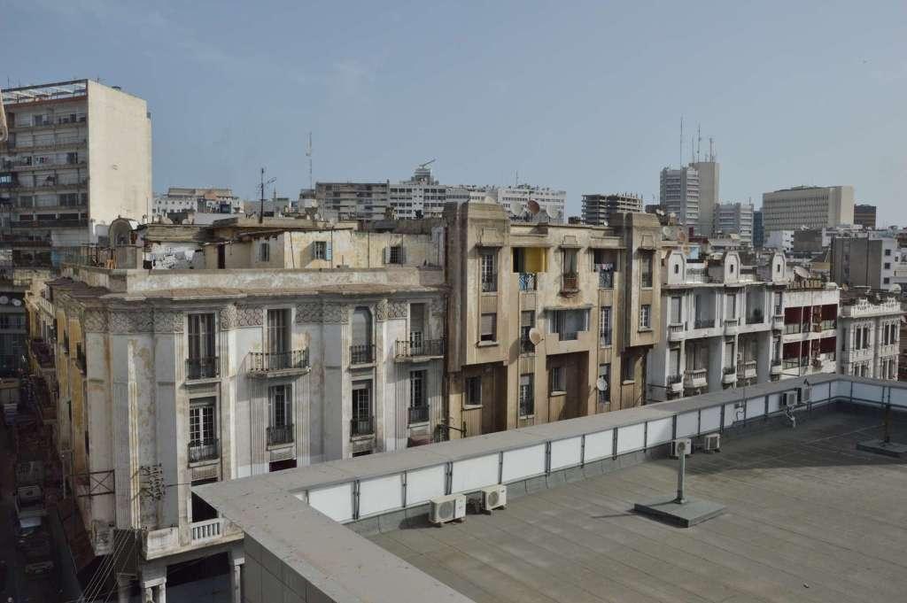 Белый здания - вид свеху