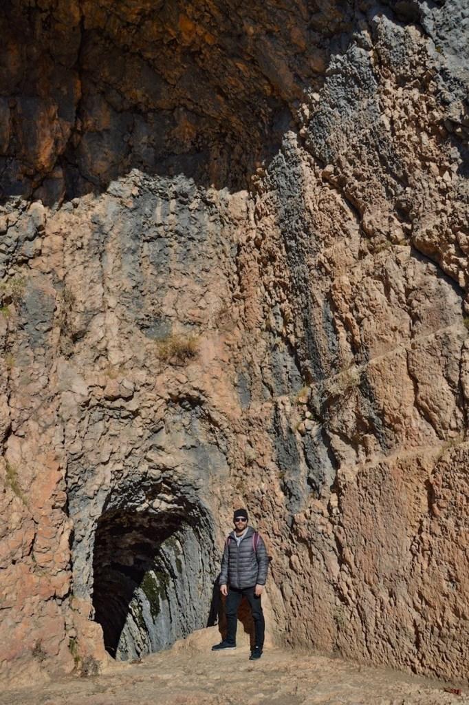 вход в тоннель арсамея на нимфеях