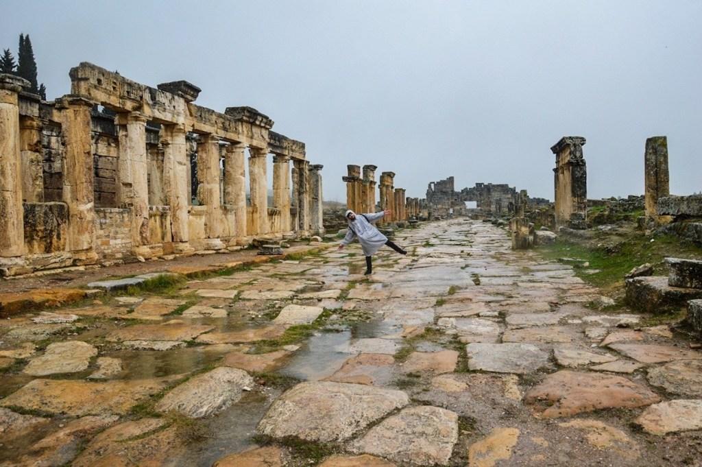 Турист в городе Иераполис