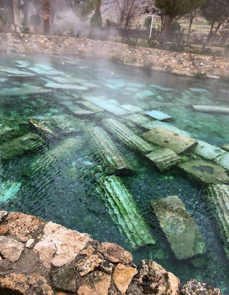Бассейн Клеопатры в Памуккале