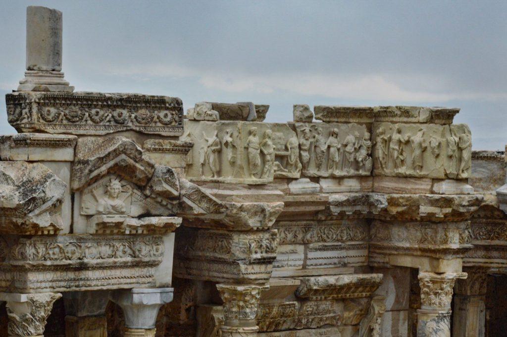 Римская резьба по мрамору