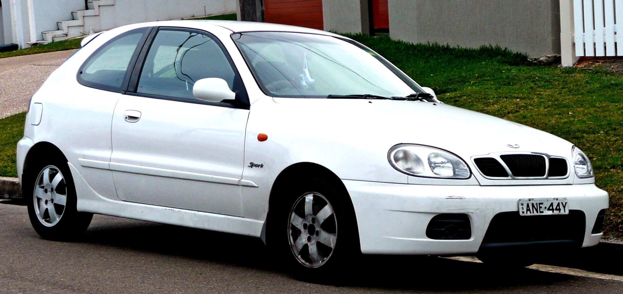 hight resolution of  daewoo nubira hatchback 2000 6