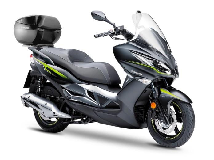 Kawasaki J 125 Shad