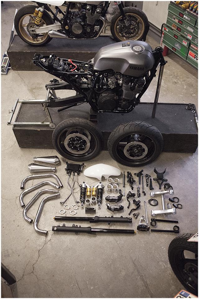 XJR1300カフェレーサーパーツ