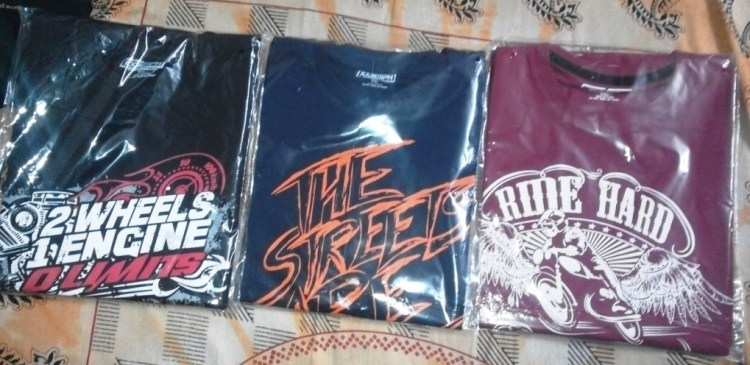 The 1st 3 100kmph t-shirts hand clicked for me