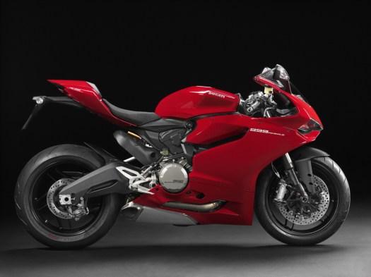 2014-Ducati-899-Panigale-021