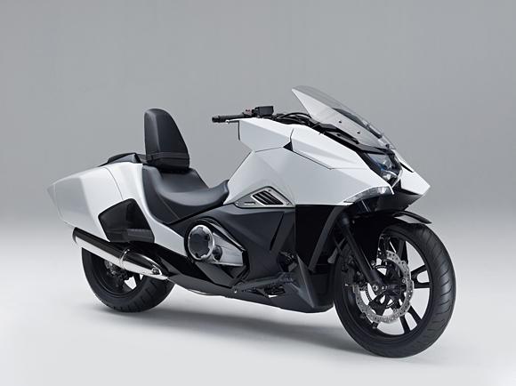 2014-Honda-NM4-001