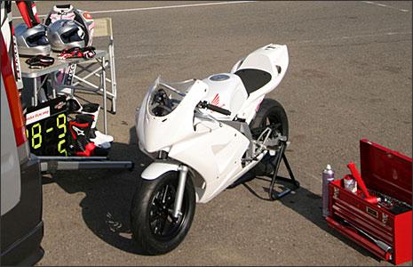 Honda-NSF100-004