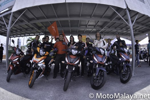 MM_Honda_RS150R_test-ride_On_track-2