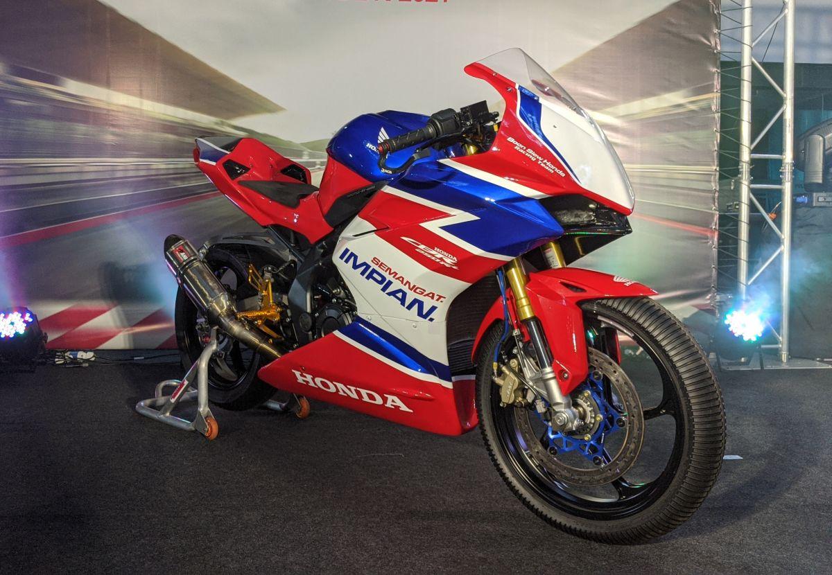 Beraksi Di MSBK 2021 Dengan Honda CBR250RR - Hanya RM30 ...