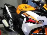 2012_Honda_CBR150R_05