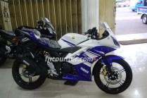 Yamaha YZF-R15, Blue-White and Black