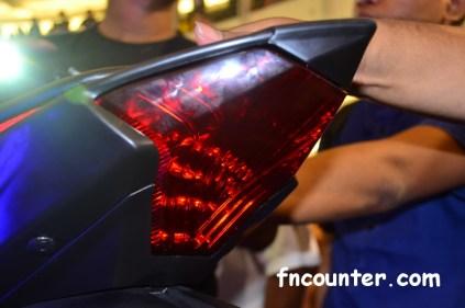 r25_rear-lamp
