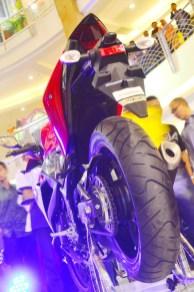 r25_rear_side