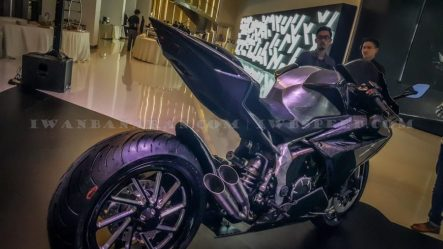 Honda CBR250RR_+6