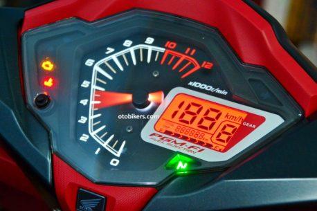 panel-speedometer-on-supra-gtr-150