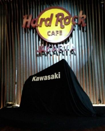 Hari Ini Kmi Akan Luncurkan Kawasaki Z900 Banderol Harga 225 Jutaan