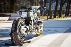 Watkins-M001-custom-bike-BMW-R-1150-motomaxone2
