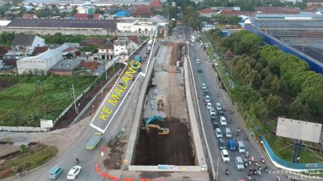 underpass karanglo malang motomaxone 7